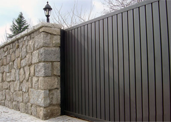 podemos fabricar puertas correderas de jardin de hierro puertas correderas de aluminio y puertas correderas de panel sandwich tipo seccional