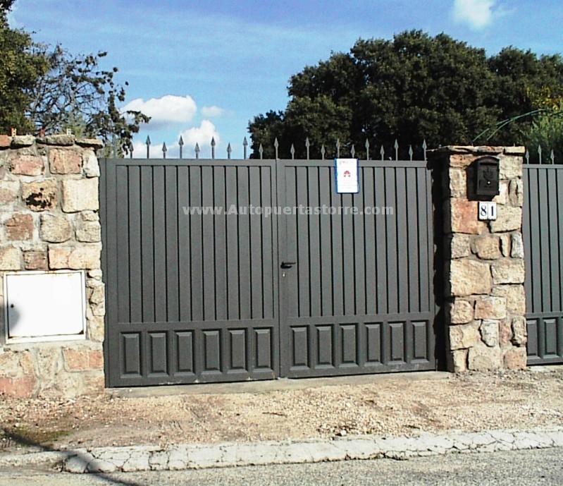 Puertas automaticas cancelas puertas de garaje tattoo for Puertas automaticas garaje