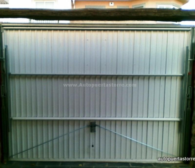 Puerta basculante foto interior - Puertas abatibles garaje ...
